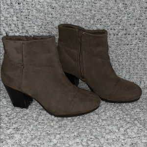 Suede taupe booties